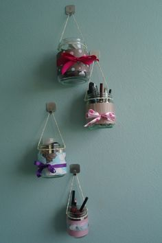 DIY: Makeup Storage