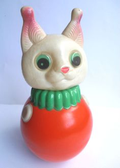 1960s Vintage USSR Russian Soviet CELLULOID SOUND Toy Roly-Poly CAT