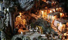 Italian Christmas: customs and Celebrations - Presepe - Nativity Scene