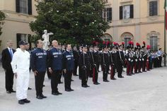 Falsi Carabinieri, ecco come evitare le truffe: se chiedono soldi, quello è il primo indizio