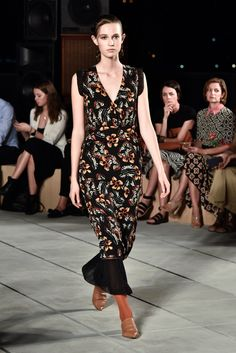 Thakoon, shifting to a direct-to-consumer business approach, presents his spring…