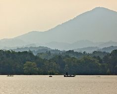 Douglas Lake , Tennessee--where my <3 belongs!