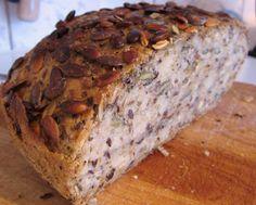 Brødbaking uten mye jobb? Superenkelt glutenfritt brød med lavere karbohydratinnhold