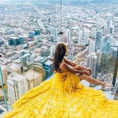 """Skydeck Chicago on Instagram: """"Day dreaming is easy when your head is already up in the clouds…103 stories up to be exact. What do you love most about our city and this…"""""""
