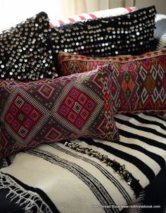 Bohemian decor can be achieved through mixing and matching eclectic patterns and bold colors.