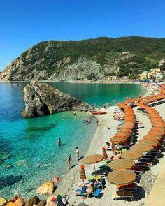 Monterosso beach, Cinqueterre