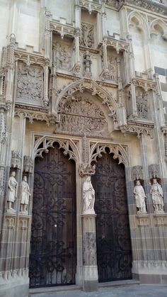 Gothic portal in the St.Elisabeth Cathedral in Košice, Slovakia Cheap Caribbean Islands, Cool Pictures, Cool Photos, Old Churches, Gothic Architecture, Europe Destinations, Central Europe, Stone Carving, Eastern Europe