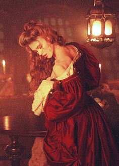 Keira Knightley in 'Pirates of the Caribbean: The Curse of the Black Pearl' (2003). x
