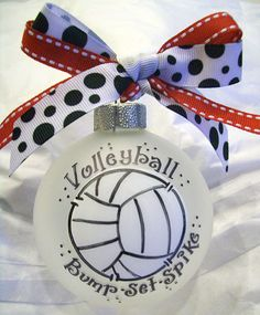 Wish I could get this ornament for Christmas I am a huge volleyball player Volleyball Crafts, Volleyball Team Gifts, Volleyball Party, Volleyball Shirts, Volleyball Ideas, Volleyball Quotes, Volleyball Players, Volleyball Training, Coaching Volleyball