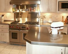 Frigo Design Customizes And Builds Stainless Steel Copper Countertops To Fit Your Kitchen S Needs Perfectly
