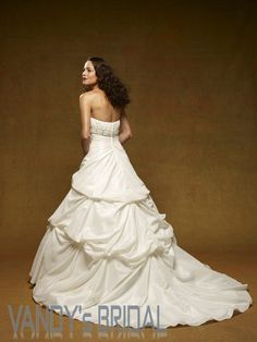 Ball Gown Strapless Court Train Sleeveless Satin White Wedding Dress (BGW7625)