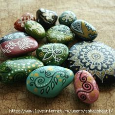 rock painting - inspiration - this looks like it would be relaxing to do.