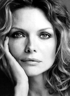 Simple and beautiful black and white work. Michelle Pfeiffer
