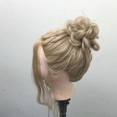 簡単無造作お団子です!クルリンパを、応用してますよ!  略してKMOです!♂️✨ウィッシュ!  nico...高田馬場  溝口和也✂️✨ tel 03-6279-1245✨  #hair#hairset#hairarrange#ヘアセット#ヘアアレンジ#結婚式ヘア#編み込み#wedding#ウエディング#アレンジ#fashion#braid#ヘアアレンジやり方#hairstyle#arrange#데일리룩#스타일링#일본#japan#東京#发型#ヘアカラー#グラデーションカラー#サロンモデル#モデル#撮影 #fashion#instafashion#bob #updo