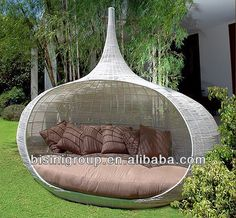 Garden Sofa for relaxation Garden Sofa for relaxation 45 Outdoor rattan furniture – modern garden furniture set and lounge Small Patio Furniture, Modern Garden Furniture, Outdoor Furniture Design, Wicker Furniture, Furniture Ideas, Office Furniture, Furniture Layout, Distressed Furniture, Furniture Arrangement