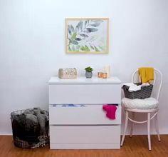 Dicas e Truques!! #dicas #decoraçãoquarto, #dicasdemaquiagem #truques #dicasdeorganização #paracasa, #dicasdelimpeza, #dicasdelimpeza #doméstica, #dicasdebeleza #dicassimples #beleza #dicasdolar #lar #casa #dicasparacasa Diy Crafts Hacks, Diy Home Crafts, Diy Projects, Diy Para A Casa, Diy Casa, Diy Organisation, Closet Organization, Dresser Drawer Organization, Simple Life Hacks