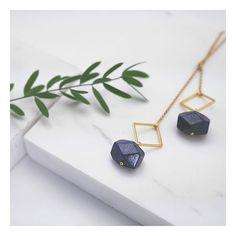 NOOR, le sautoir noué  Lou aime cette pierre d'amour!  #handcraftedjewelry #jewelrydesigner #makers #minimalism_world #fashion #instajewelry #jewelryaddict #jewelrygram #jewelrydesign #handcrafted #handmade #tiroirdelou #Belgium #bruxelles #cerealmag #kinfolk #creatricedebijoux #bijoux #jewels #joyas #jewelry #simplicity #prettylittlething #nothingisordinary #giftguide #sustainablefashion #silversmith #designer #minimalchic #buylocal