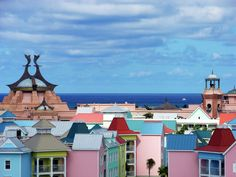 Colorful places: Paradise Island, Bahamas