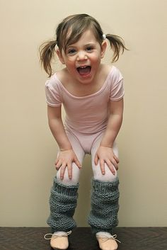 Tutorial for little-girl leg warmers! So cute! My nieces need these for their dance classes.