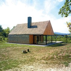 Moderner holzbau satteldach  Ein Haus wird organisch | nachhaltige Architektur, Holzbau und ...