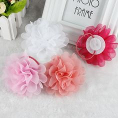 Cheap fashion hair accessories, Buy Quality hair accessories directly from China clip hair accessories Suppliers: isnice New 2018 Popular Head Ornament Elastic Hair Ties Chiffon Flower Rubber Bands Fashion Clip Hair Accessories with Gum Bobby Pin Hairstyles, Diy Hairstyles, Diy Shrink Plastic Jewelry, Felt Crafts, Diy And Crafts, Chiffon Flowers, Elastic Hair Bands, Diy Hair Bows, Ponytail Holders