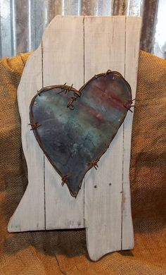 Mississippi Love,  Wall Décor with Vintage Copper Heart and Barbwire