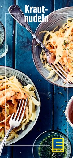 Nudeln mit Weißkraut gemischt und mit einer feinen Paprikasauce serviert #pasta #nudeln #weißkraut #pinkant #edeka Paprika Sauce, Pasta Noodles, Diet, Tableware, Health, Sauerkraut, Gnocchi, Food, Recipes