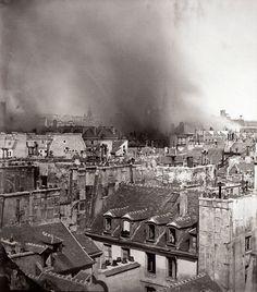 Burning of the Hotel de Ville Paris Tour Eiffel, Rue Rivoli, Image Paris, Paris 1900, Photocollage, Paris Ville, I Love Paris, Paris Photos, Belle Epoque