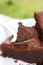 mis recetas dulces y saladas: tarta de chocolate de Suiza (sin harina)
