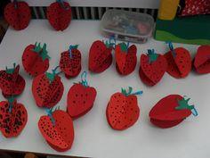 ...Το Νηπιαγωγείο μ αρέσει πιο πολύ.: Φράουλες