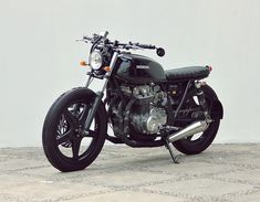 THE MISTY SIXFIFTY – HONDA CB650 '80 | StudioMotor