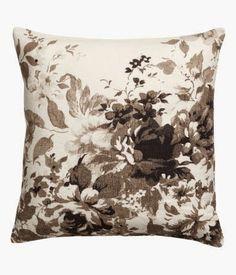 Jak cudownie być kobietą*** How wonderful that I am a woman: Home interiors: spring cushions *** Domowe wnętrza: wiosenne poduszki