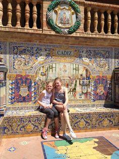 Sevilla Plaza de Espãna Juliëtte en Fabiënne