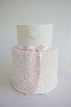 Created for a sophisticated christening celebration, this cake is based on an original design by Couture Cupcakes & Cookies. Top tier is vanilla cake filled with white chocolate ganache, bottom … Gorgeous Cakes, Pretty Cakes, Damask Cake, Pink Damask, Damask Stencil, Christening Cake Girls, Baptism Cakes, Communion Cakes, Cupcakes
