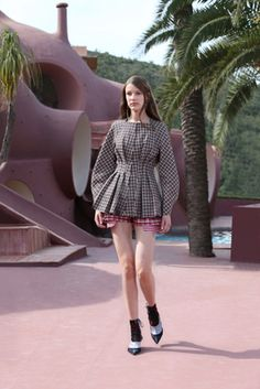 Christian Dior Resort 2016 Fashion Show: Complete Collection - Style.com
