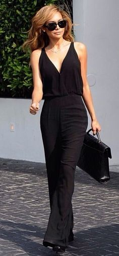 Naya Rivera Perfect black dress.