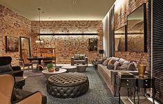 No ambiente de Marina Dubal, a inspiração vem dos pubs londrinos em um tom rústico e contemporâneo (Lider Interiores/Divulgação)
