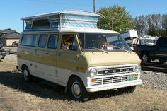 '60s Ford, Econoline pop-up camper van