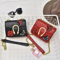 Supply of goods categories: spot Style: women's single shoulder bag Fabrics: PU The material quality