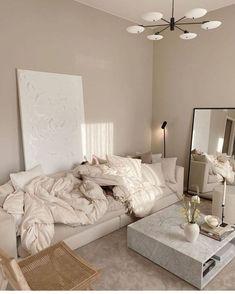 Room Ideas Bedroom, Home Decor Bedroom, Home Living Room, Living Room Decor, Living Room Designs, Studio Apartment Living, Cream Living Rooms, Cozy Living Rooms, Diy Room Decor