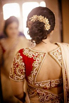 Picture of Red Bridal Saree Blouse Back design