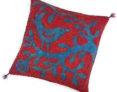 "Felted cushion cover, red and blue with bird, 50 x 50 cm (19,68"" x 19,68"")"