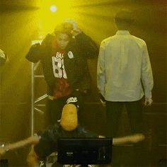BTS | JHOPE and JIMIN ~ this is quite possibly the most awesome gif ever....jhope's exhale is sooooo hot Repin & like. Noelito Flow Music.