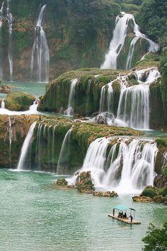 Detian Waterfalls, China (by Emil Chan)