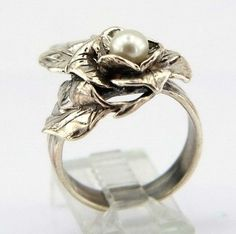 Pearl Rose Ring by Jewela