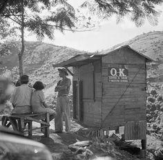 Una tiendita en la orilla de una carretera de las montañas de Puerto Rico (1937)