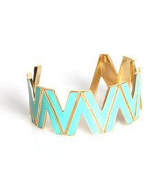 Turquoise bracelet. Accessory that makes a statement