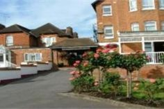 Maidenhead Walton Cottage Hotel & Suites United Kingdom, Europe Walton Cottage Hotel & Suites is a popular choice amongst travelers in Maidenhead, whether exploring or just passing through. Both business travelers and tourists can enjoy the hotel's facilities and services. Facilities like free Wi-Fi in all rooms, 24-hour front desk, facilities for disabled guests, Wi-Fi in public areas, car park are readily available for you to enjoy. Some of the well-appointed guestrooms feat...