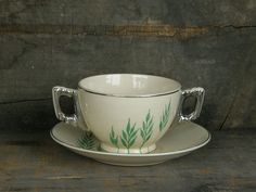 Leigh Ware Green Wheat 2-handled Bouillon Cup & Saucer set: Fab 1930s American Art Deco design. Leigh Potters creamy Umbertone pottery in the