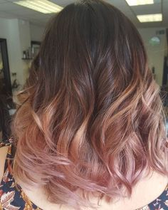 Rose gold hair discovered by Kelly on We Heart It